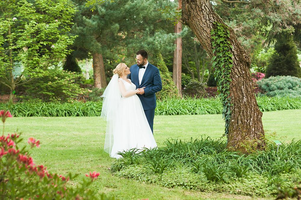 Arboretum Wojsławice sesja ślubna 1